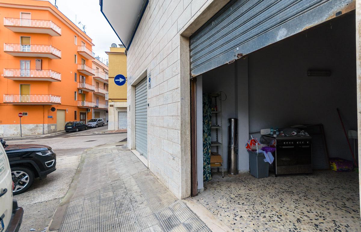 Foto 2 - Box/garage in Vendita a Manfredonia - Via Cimaglia