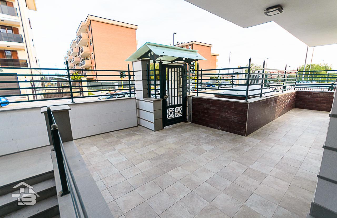 Foto 18 - Piano rialzato con giardino in Vendita a Manfredonia - Via Michele Magno