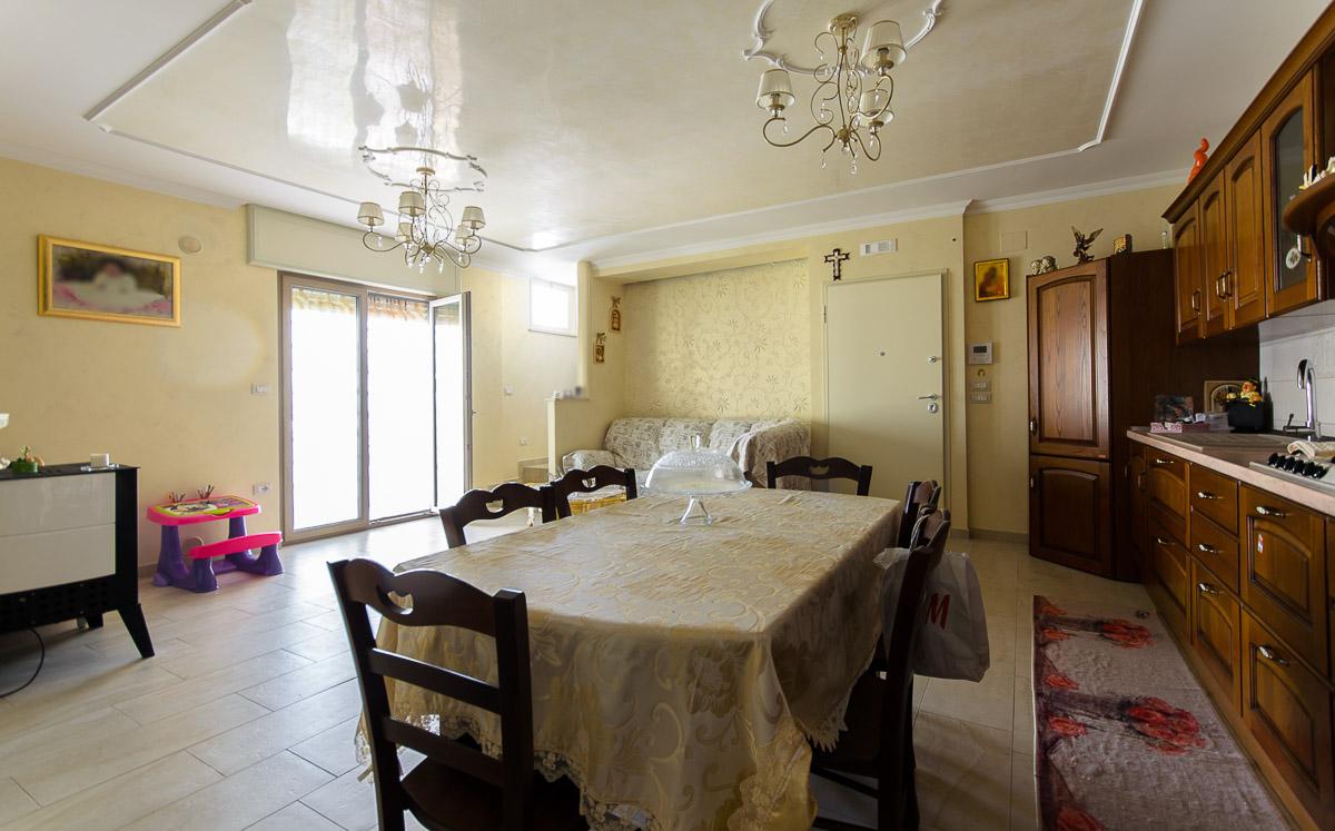 Foto 1 - Appartamento in Vendita a Manfredonia - Via Zara
