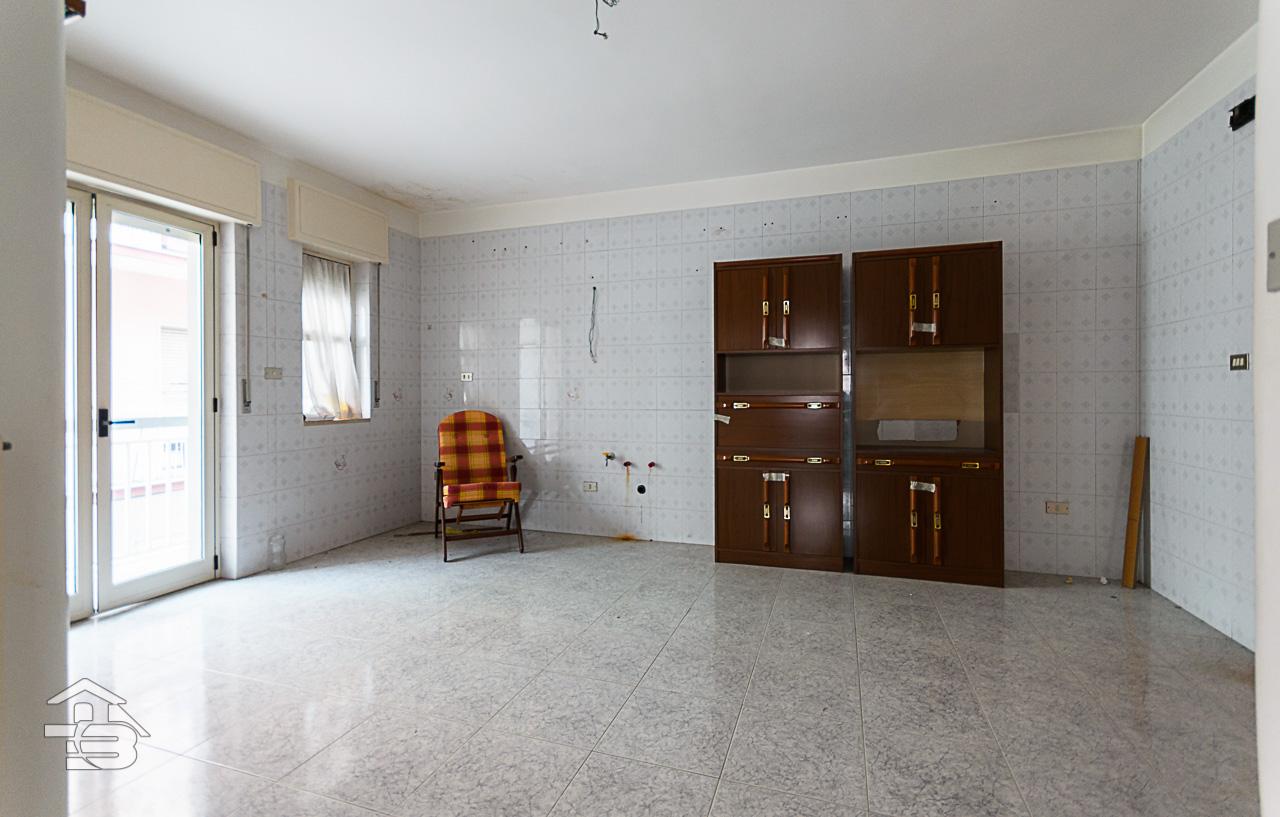 Foto 2 - Appartamento in Vendita a Manfredonia - Via Vittorio Veneto