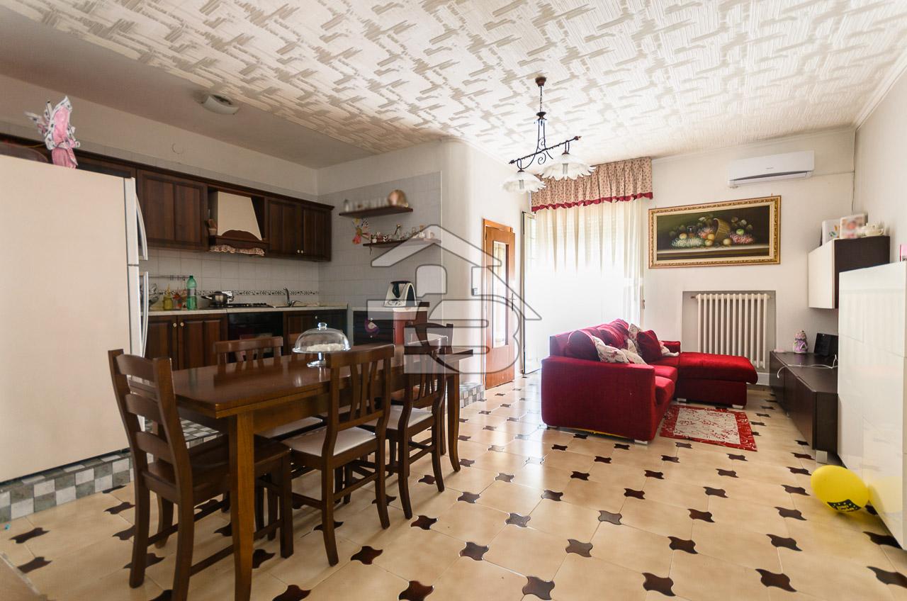 Foto 2 - Appartamento in Vendita a Manfredonia - Via Capitano Valente