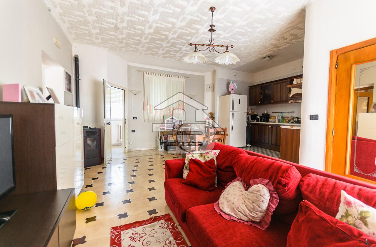 Foto 3 - Appartamento in Vendita a Manfredonia - Via Capitano Valente