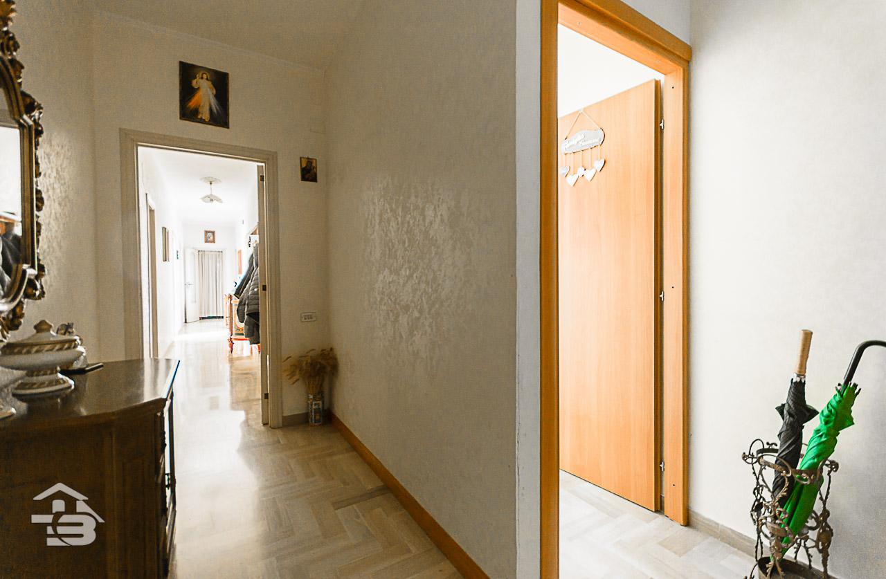Foto 11 - Appartamento in Vendita a Manfredonia - Via Tribuna