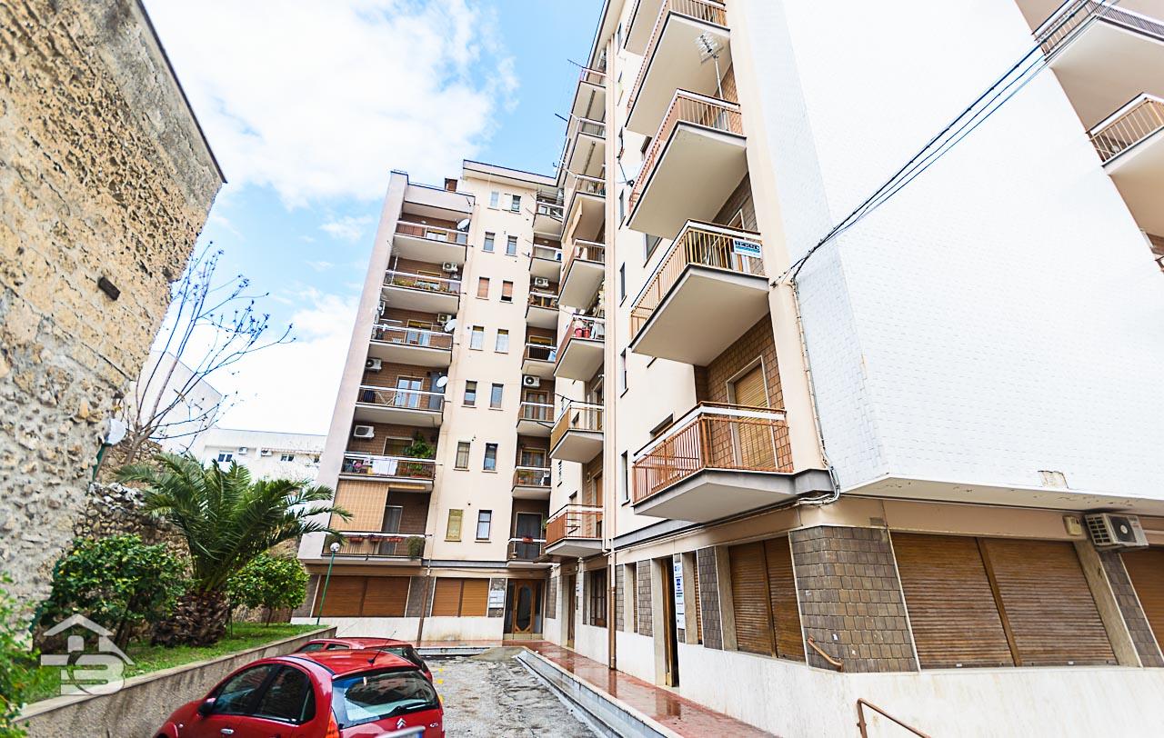 Foto 12 - Appartamento in Vendita a Manfredonia - Via Tribuna
