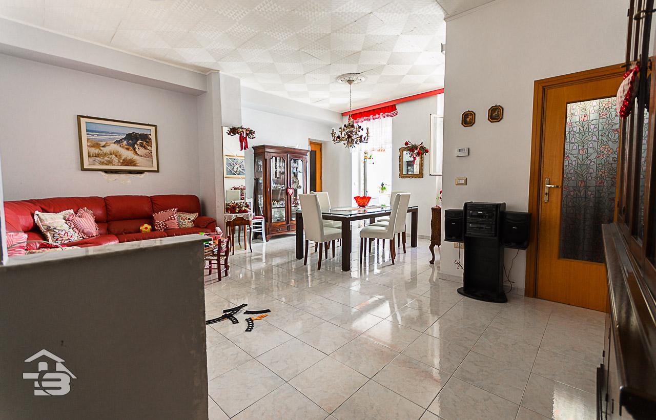 Foto 3 - Appartamento in Vendita a Manfredonia - Via Maddalena