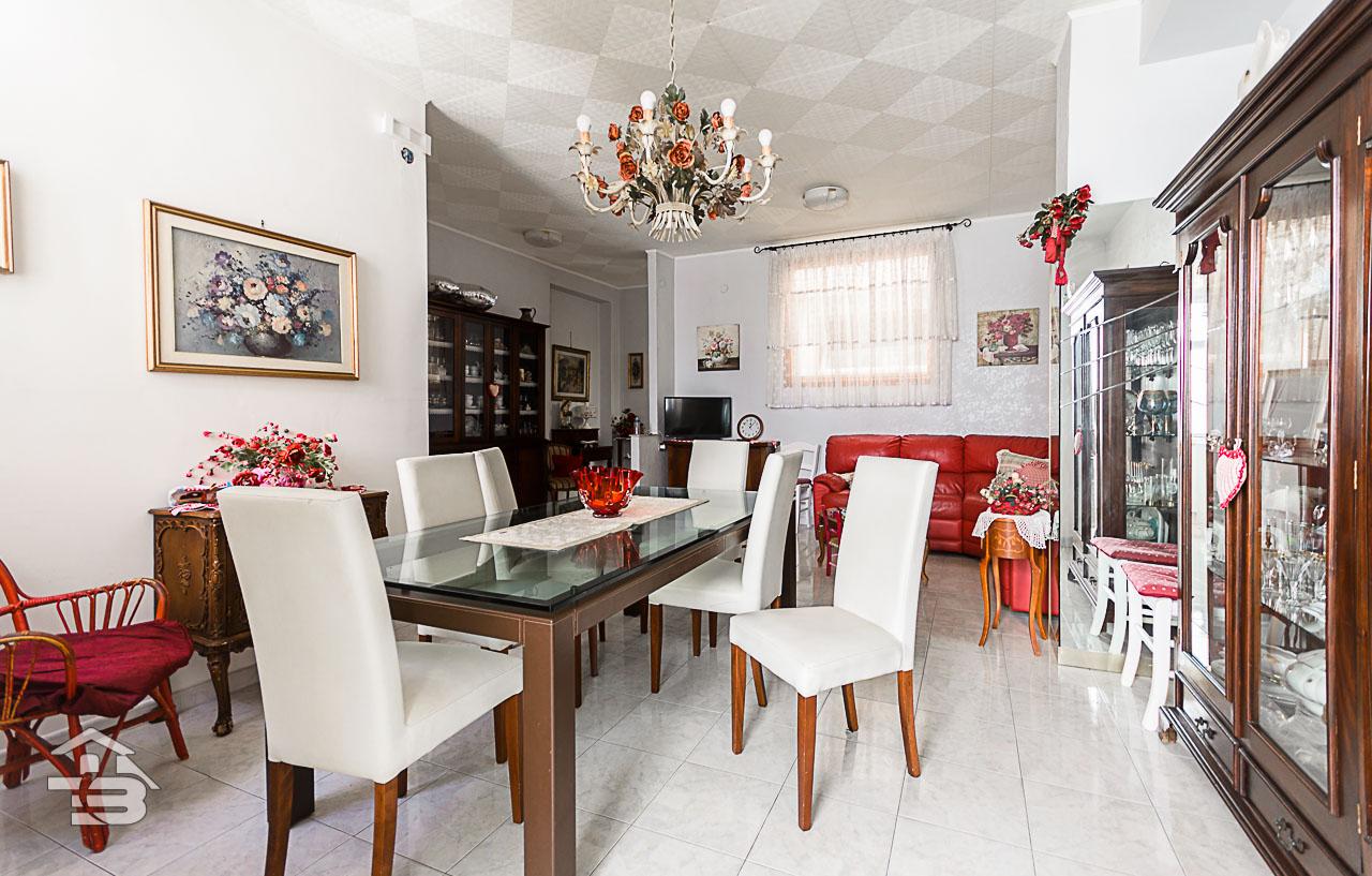Foto 5 - Appartamento in Vendita a Manfredonia - Via Maddalena