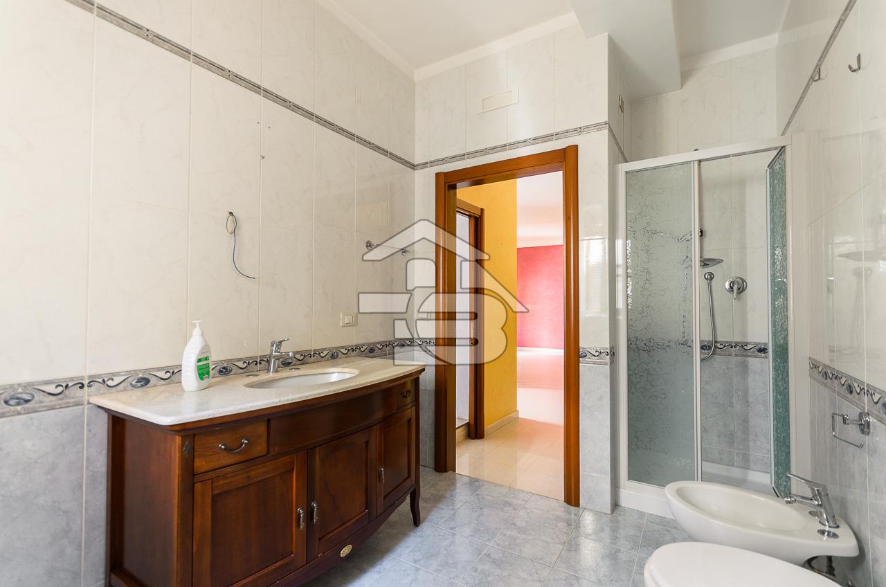 Foto 17 - Appartamento in Vendita a Manfredonia - Via Campanile