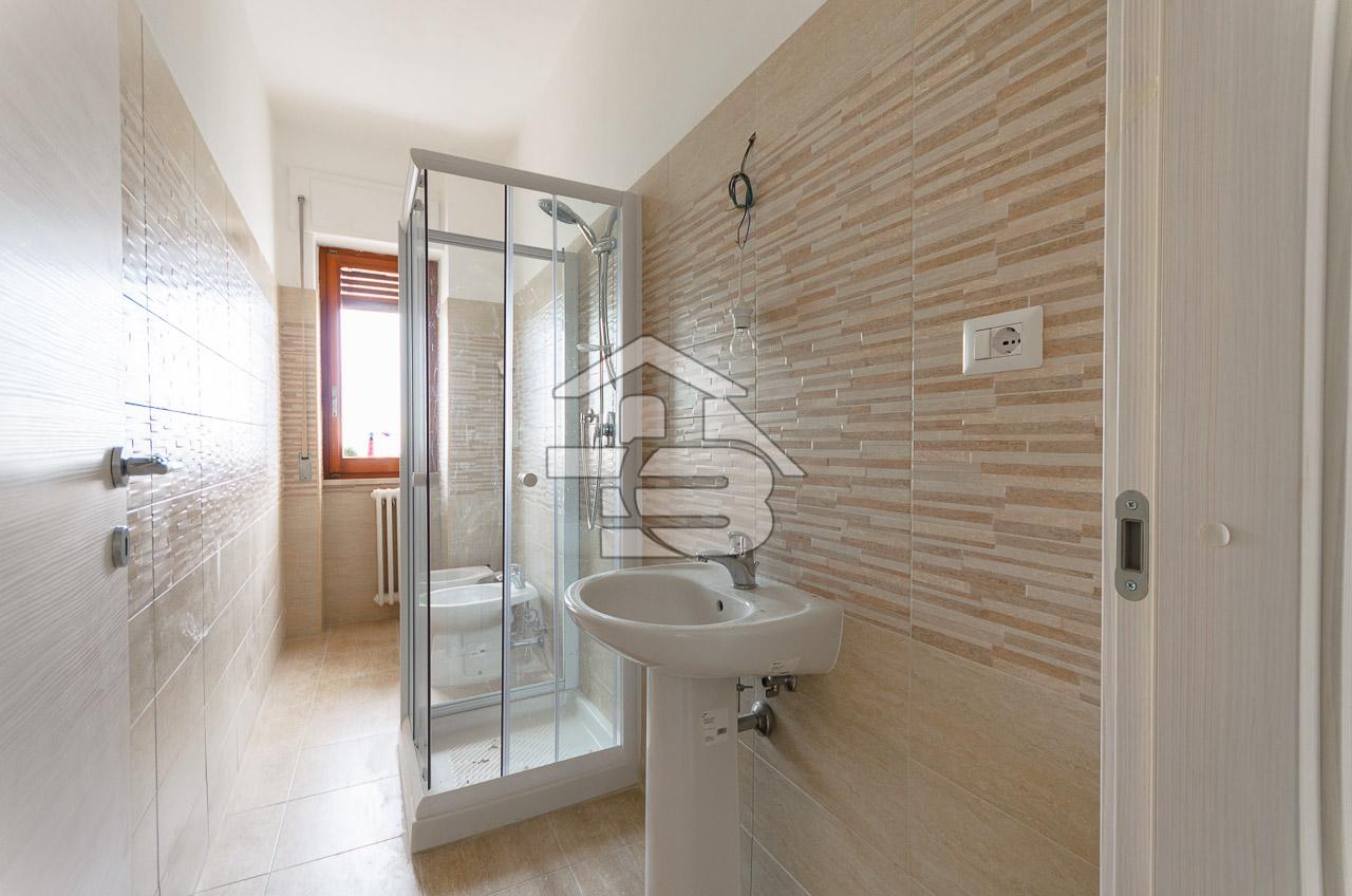 Foto 10 - Appartamento in Vendita a Manfredonia - Lungomare Nazario Sauro