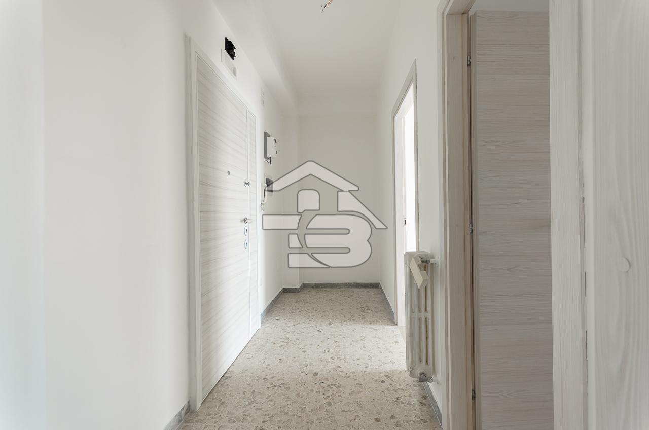 Foto 2 - Appartamento in Vendita a Manfredonia - Lungomare Nazario Sauro