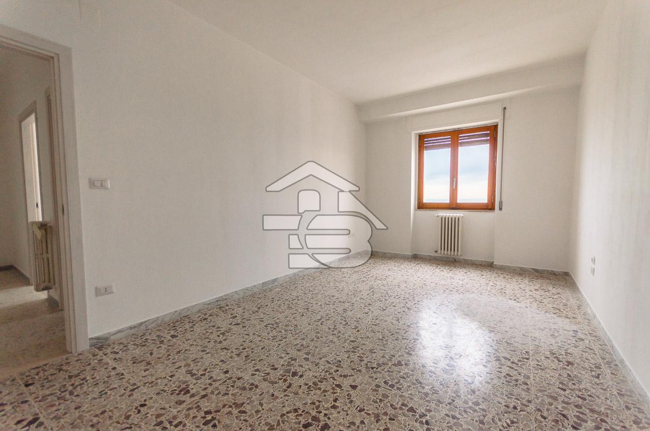 Foto 8 - Appartamento in Vendita a Manfredonia - Lungomare Nazario Sauro