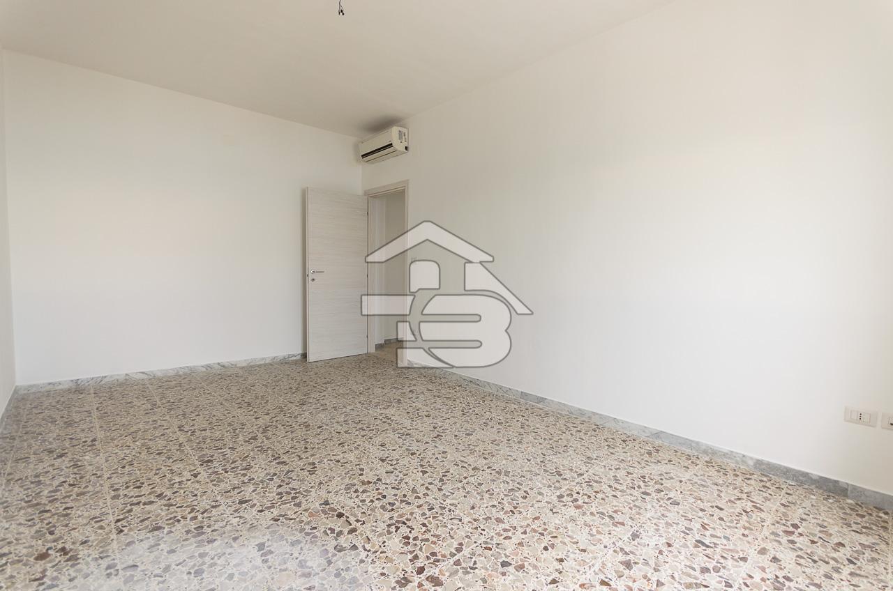 Foto 9 - Appartamento in Vendita a Manfredonia - Lungomare Nazario Sauro