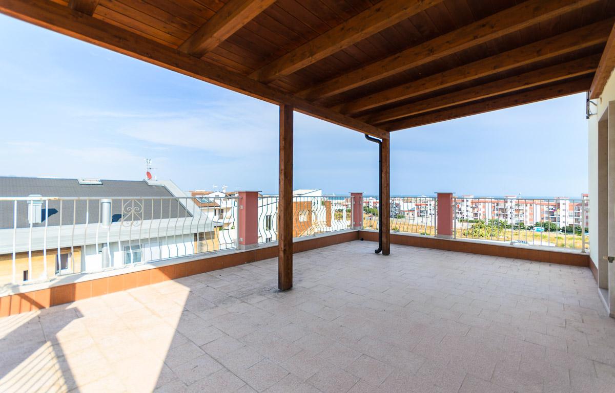 Foto 15 - Villa in Vendita a Manfredonia - viale mediterraneo