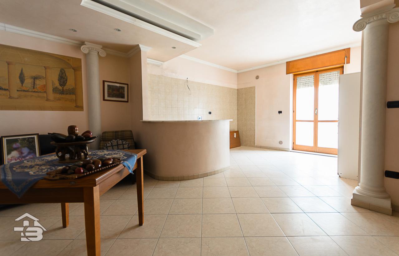 Foto 2 - Appartamento in Vendita a Manfredonia - Via Luigi Allegato