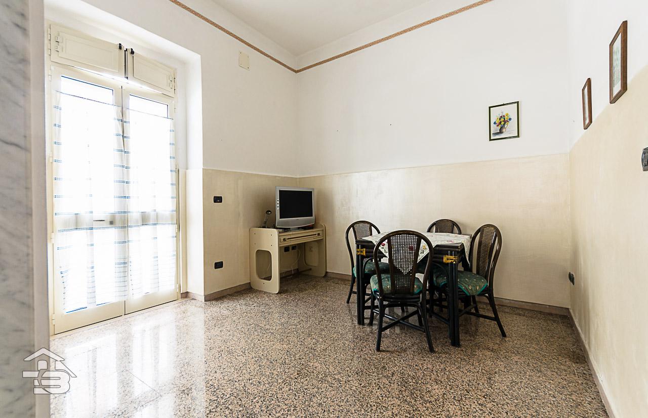 Foto 2 - Appartamento in Vendita a Manfredonia - Via Giuseppe Garibaldi