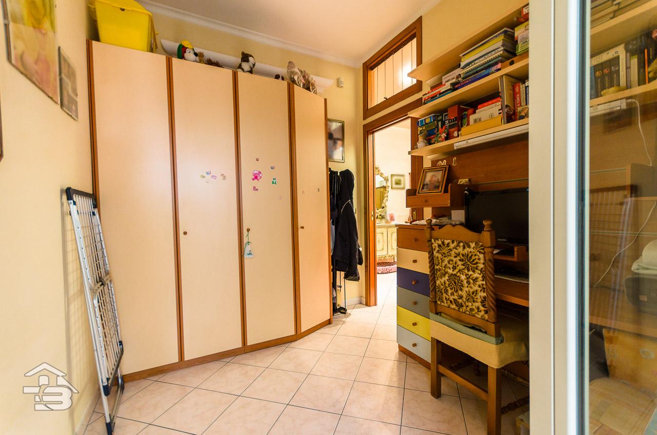 Foto 12 - Appartamento in Vendita a Manfredonia - Via Domenico Fioritto