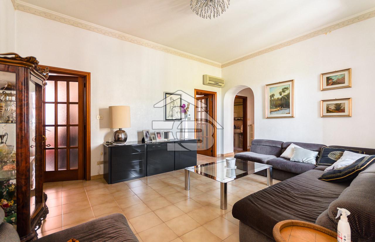 Foto 3 - Appartamento in Vendita a Manfredonia - Via Tito Minniti