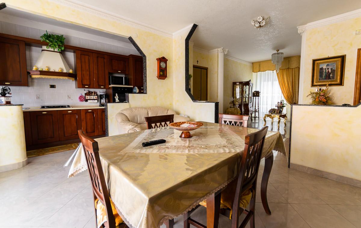 Foto 2 - Appartamento in Vendita a Manfredonia - Via Matteo Fraccacreta