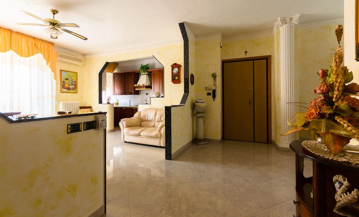 Foto 3 - Appartamento in Vendita a Manfredonia - Via Matteo Fraccacreta