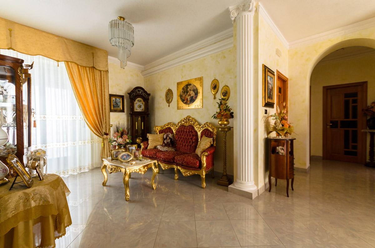 Foto 4 - Appartamento in Vendita a Manfredonia - Via Matteo Fraccacreta