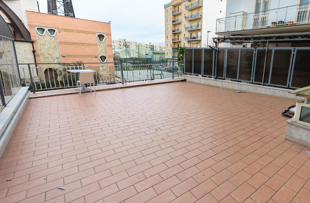 Foto 4 - Appartamento in Vendita a Manfredonia - Via Giacomo Leopardi
