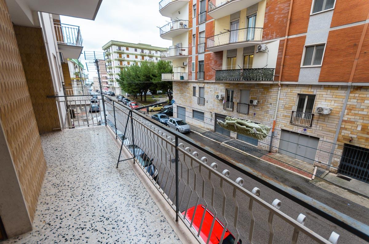 Foto 7 - Appartamento in Vendita a Manfredonia - Via Giacomo Leopardi