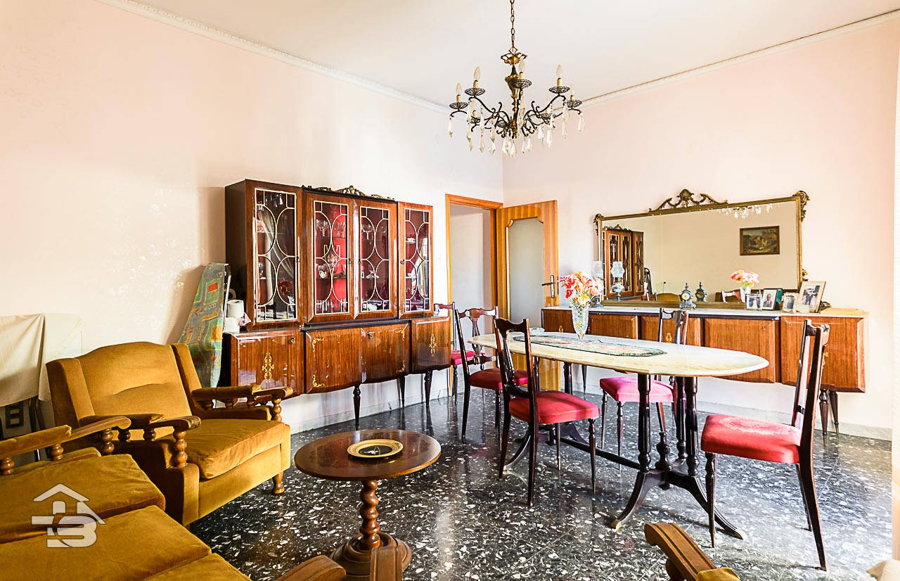 Foto 11 - Appartamento in Vendita a Manfredonia - Via Mozzillo Iaccarino
