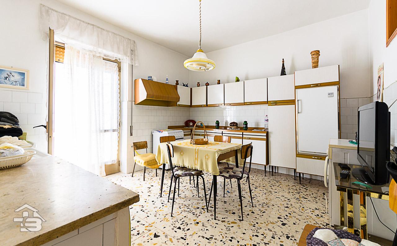 Foto 4 - Appartamento in Vendita a Manfredonia - Via Mozzillo Iaccarino