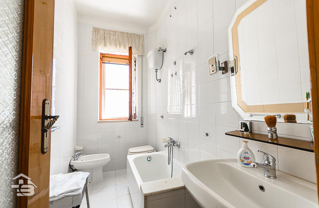 Foto 7 - Appartamento in Vendita a Manfredonia - Via Mozzillo Iaccarino