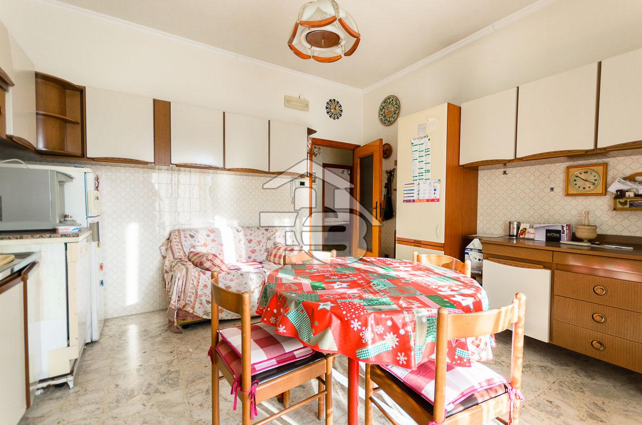 Foto 4 - Appartamento in Vendita a Manfredonia - Via Galileo Galilei