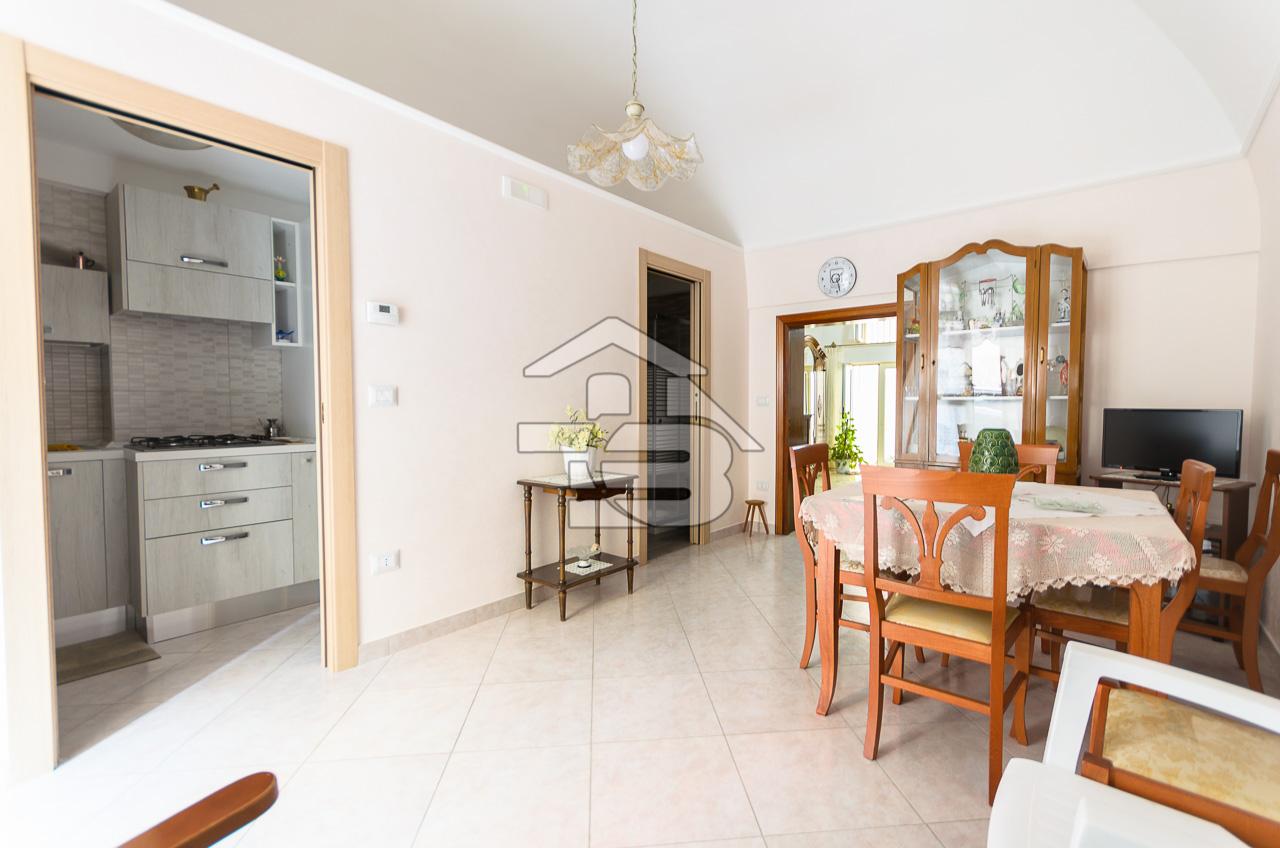Foto 1 - Appartamento in Vendita a Manfredonia - Via Monfalcone