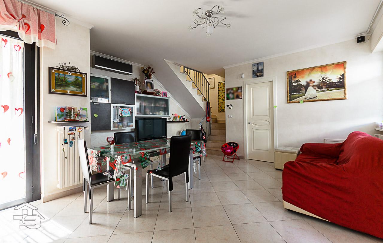 Foto 5 - Piano rialzato con giardino in Vendita a Manfredonia - Sciali di Lauro Via delle Allodole