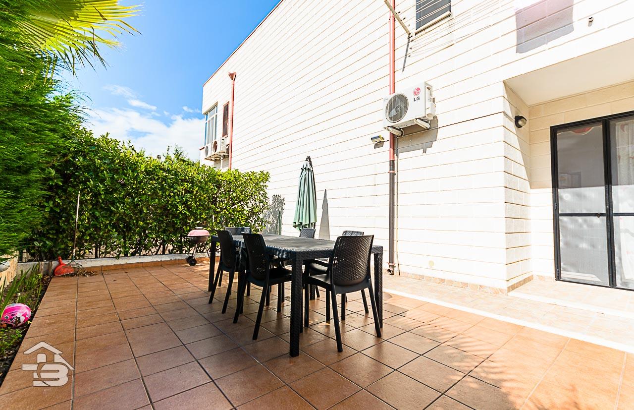 Foto 6 - Piano rialzato con giardino in Vendita a Manfredonia - Sciali di Lauro Via delle Allodole