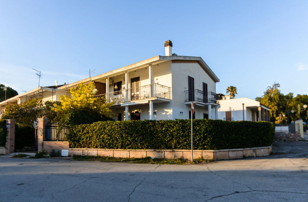 Foto 14 - Appartamento in Vendita a Manfredonia - Viale dei Cedri