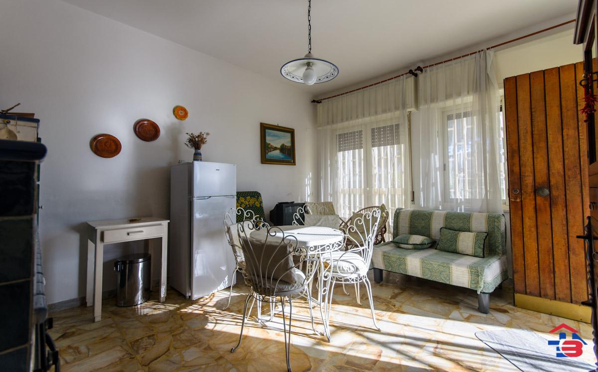 Foto 2 - Piano rialzato con giardino in Vendita a Manfredonia - Lungomare del Sole