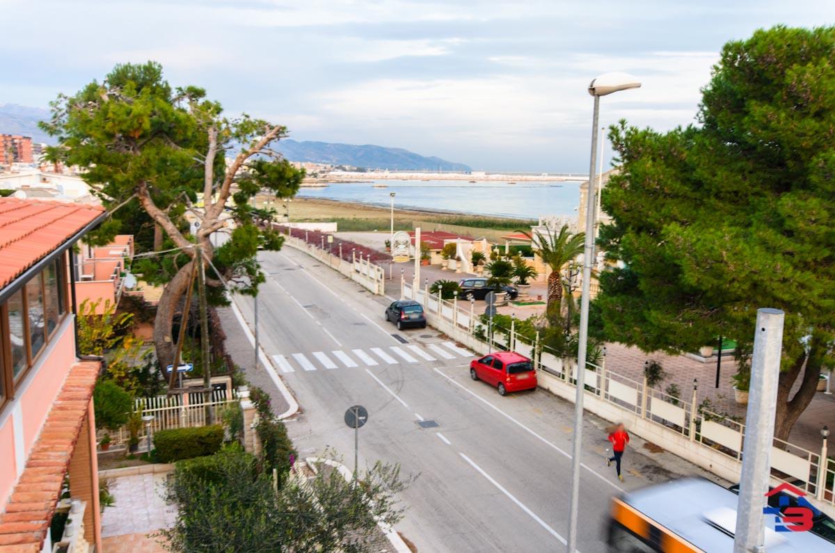 Foto 12 - Appartamento in Vendita a Manfredonia - Lungomare del Sole
