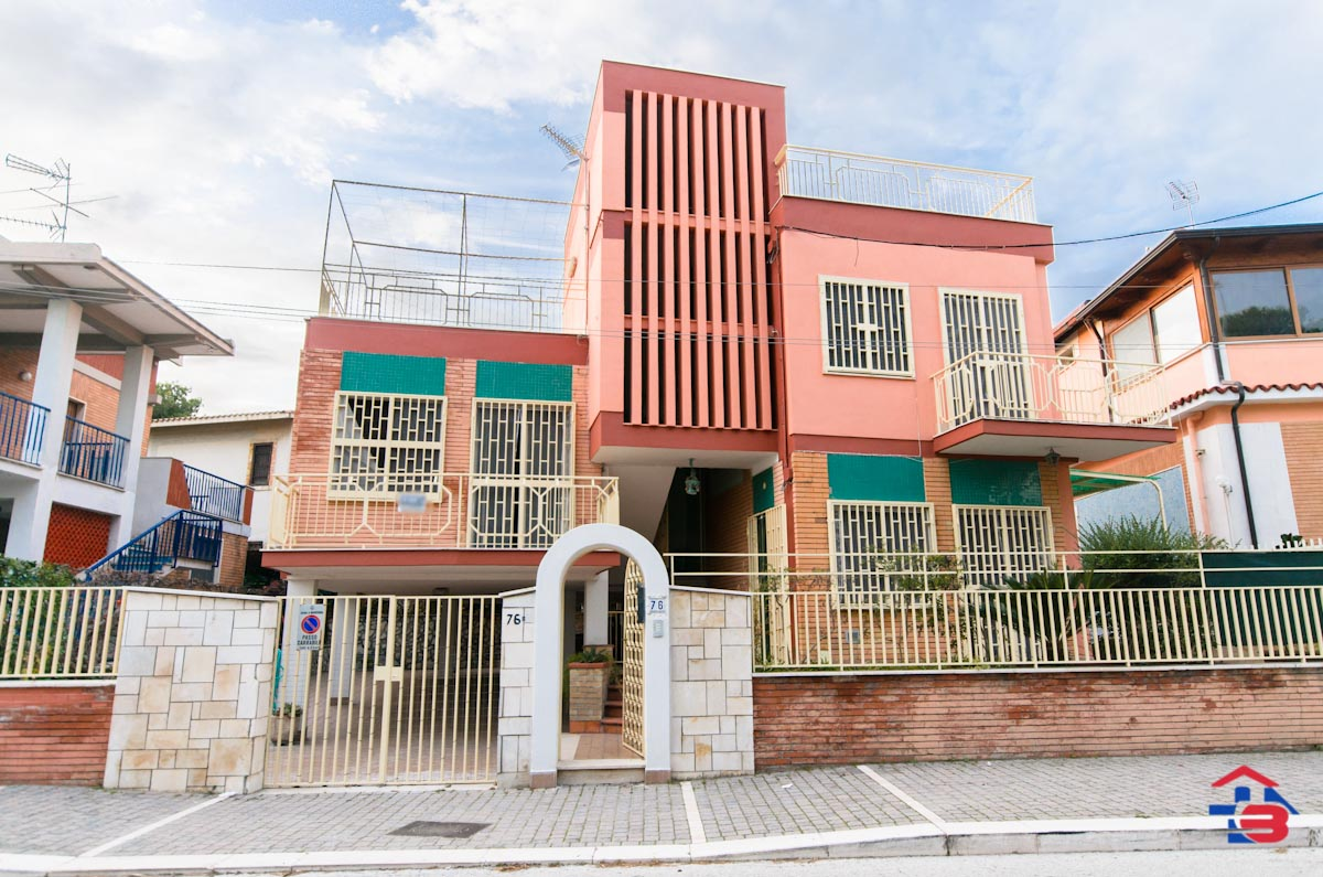 Foto 15 - Appartamento in Vendita a Manfredonia - Lungomare del Sole