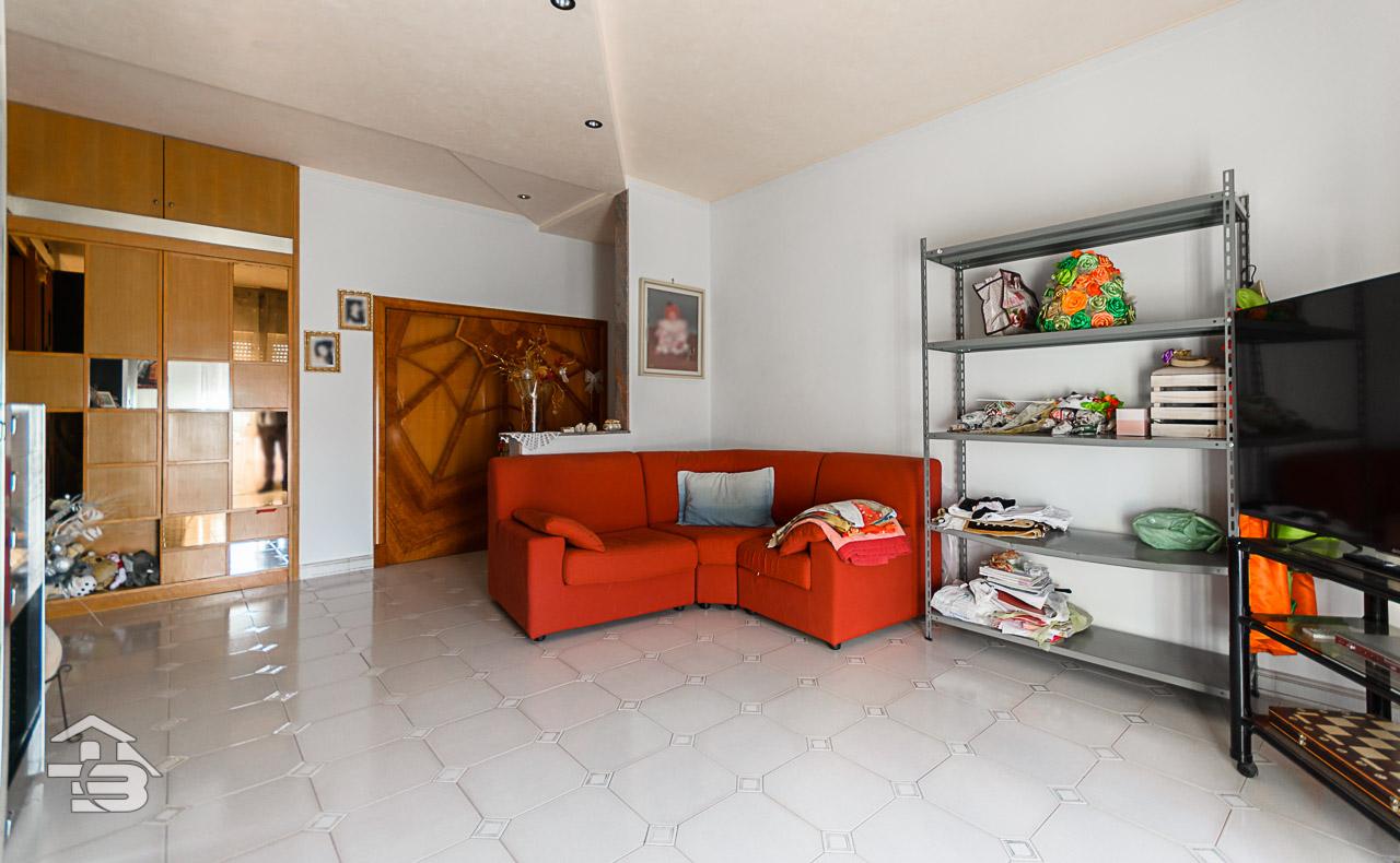 Foto 5 - Appartamento in Vendita a Manfredonia - Piazzale Penati