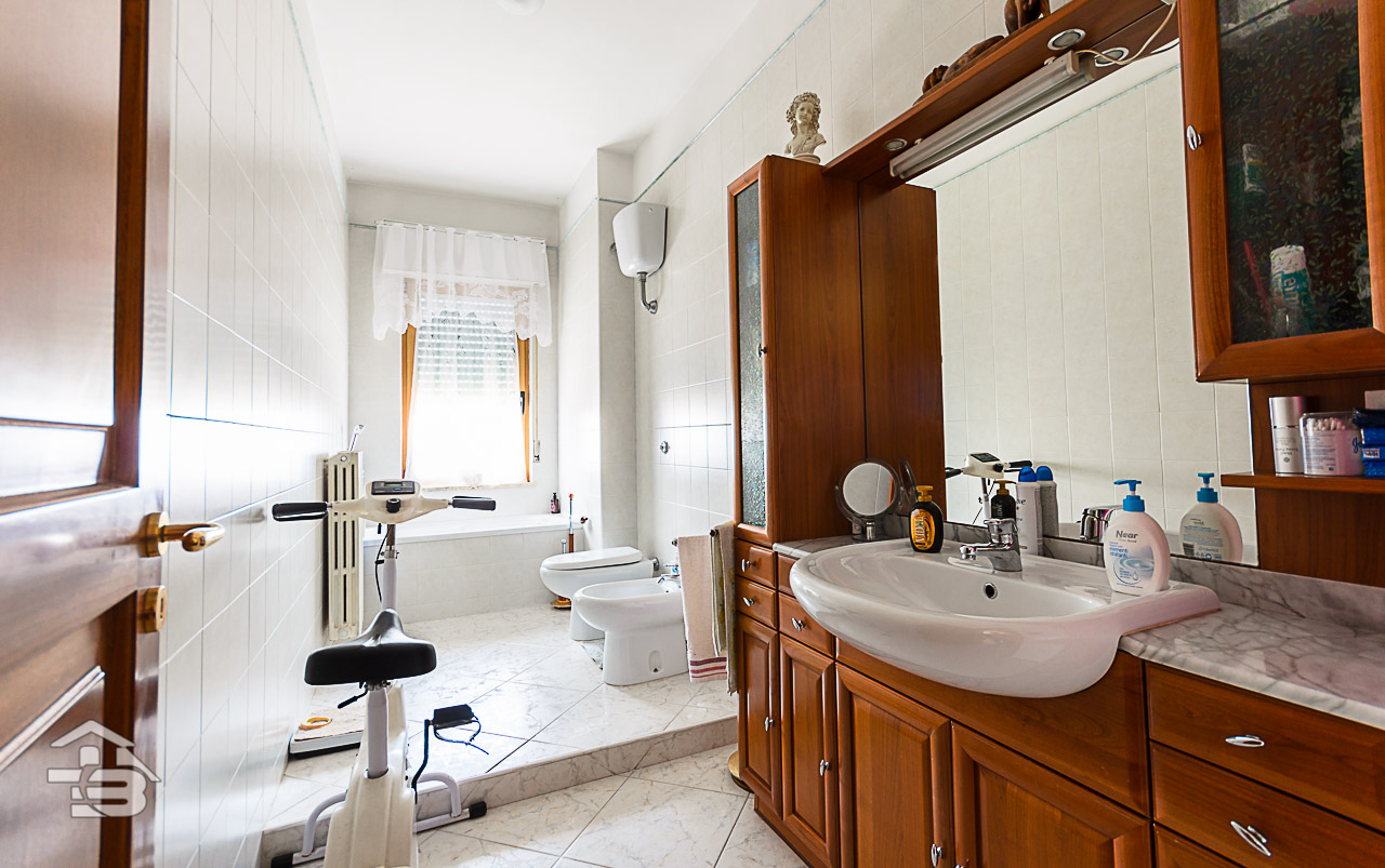 Foto 5 - Appartamento in Vendita a Manfredonia - Via Giuseppe di Vittorio
