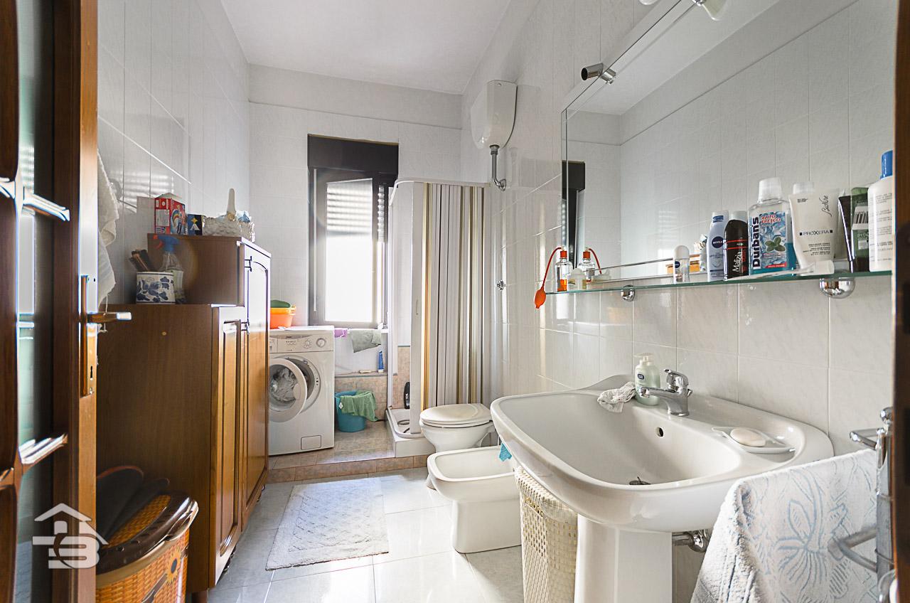 Foto 13 - Appartamento in Vendita a Manfredonia - Via Giordano e Marando