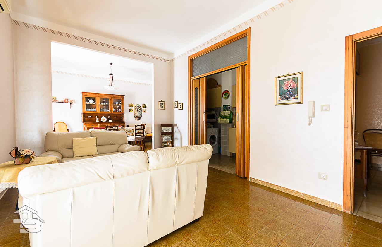 Foto 1 - Piano rialzato con giardino in Vendita a Manfredonia - Via del Ponte Lungo