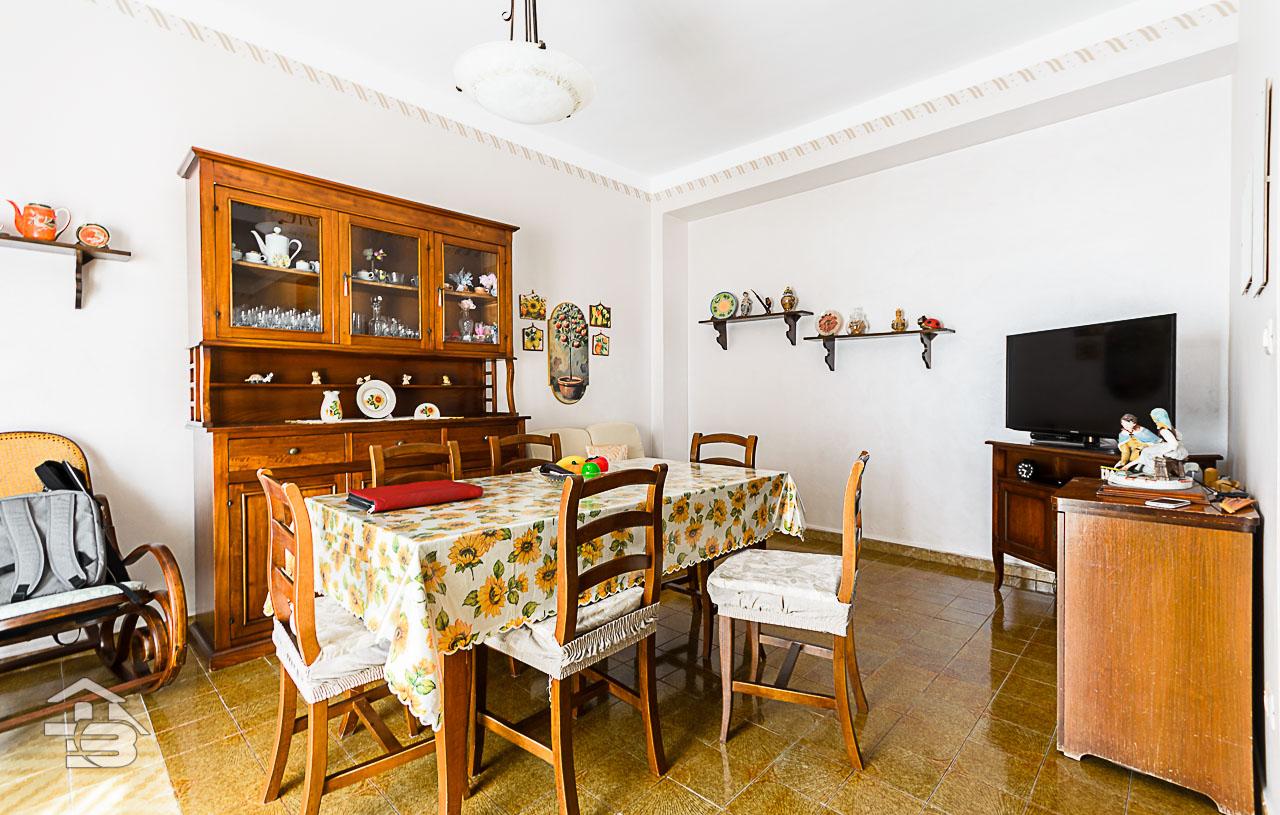 Foto 3 - Piano rialzato con giardino in Vendita a Manfredonia - Via del Ponte Lungo