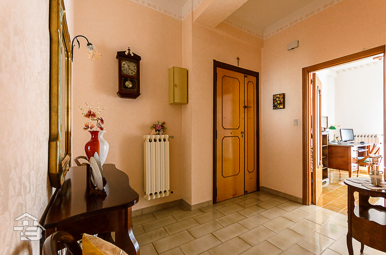 Foto 6 - Piano rialzato con giardino in Vendita a Manfredonia - Via del Ponte Lungo
