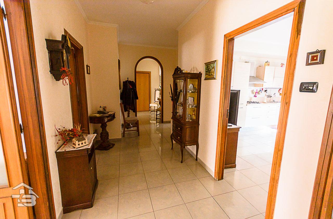 Foto 12 - Appartamento in Vendita a Manfredonia - Via di Vittorio