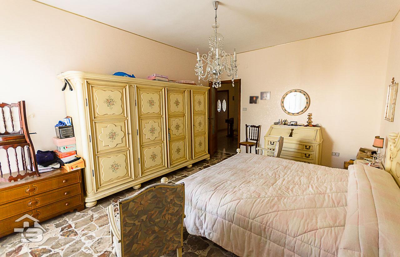 Foto 17 - Appartamento in Vendita a Manfredonia - Via di Vittorio