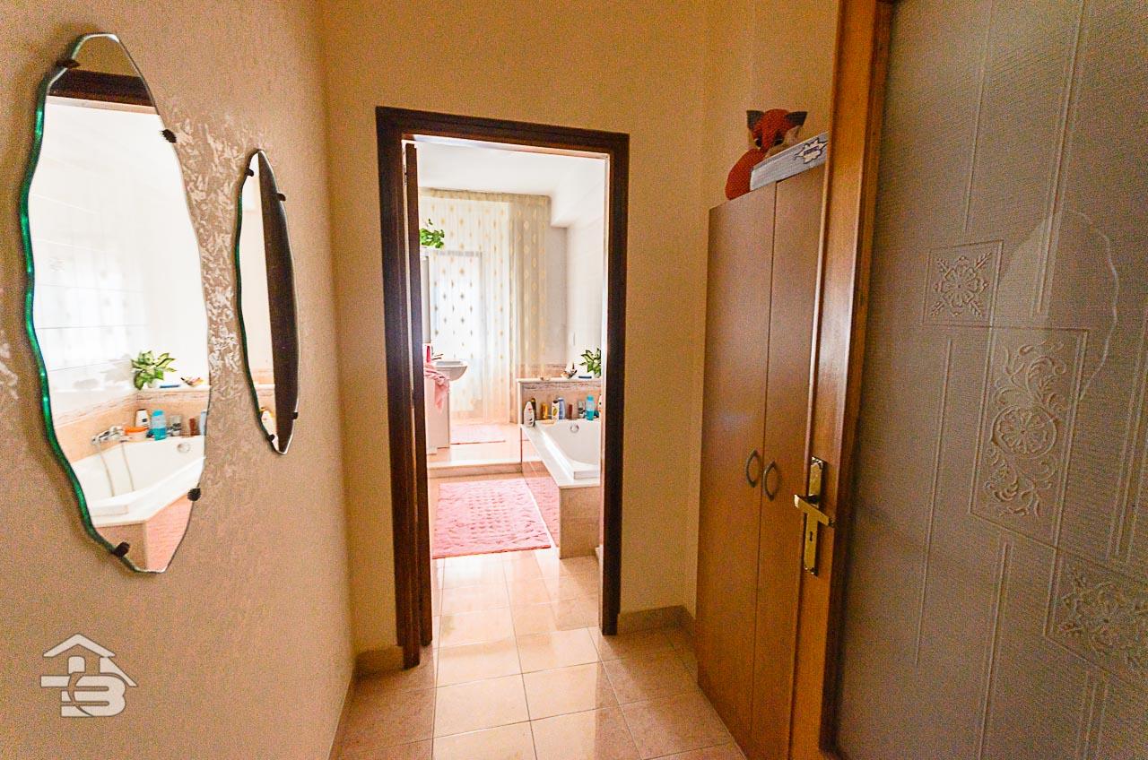 Foto 20 - Appartamento in Vendita a Manfredonia - Via di Vittorio