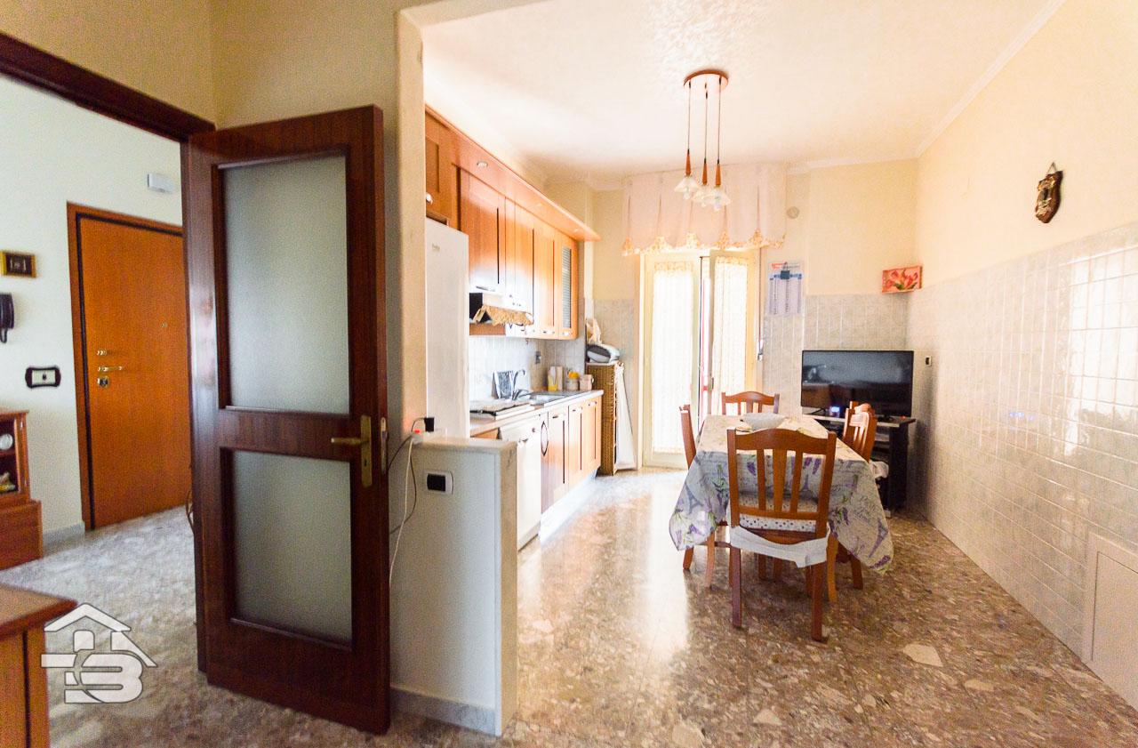 Foto 1 - Appartamento in Vendita a Manfredonia - Viale Raffaello