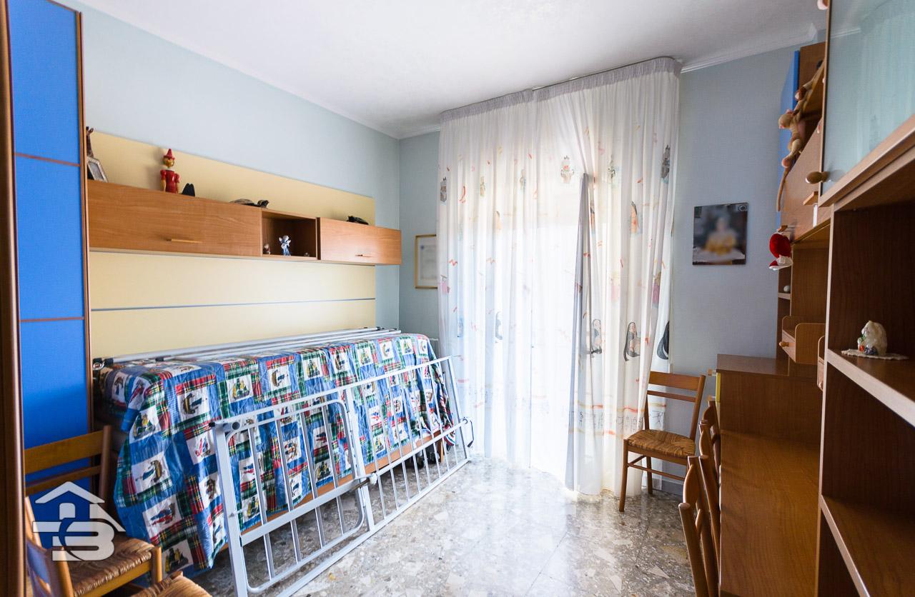 Foto 11 - Appartamento in Vendita a Manfredonia - Viale Raffaello
