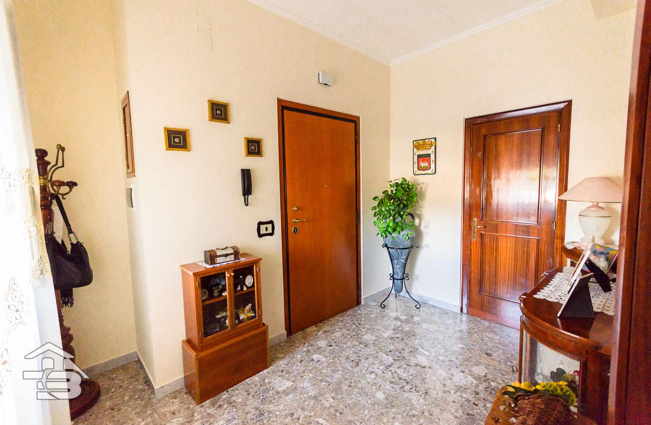 Foto 15 - Appartamento in Vendita a Manfredonia - Viale Raffaello