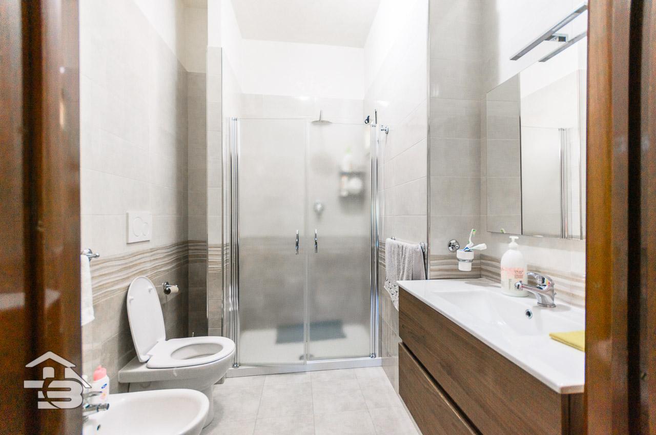 Foto 16 - Appartamento in Vendita a Manfredonia - Viale Raffaello