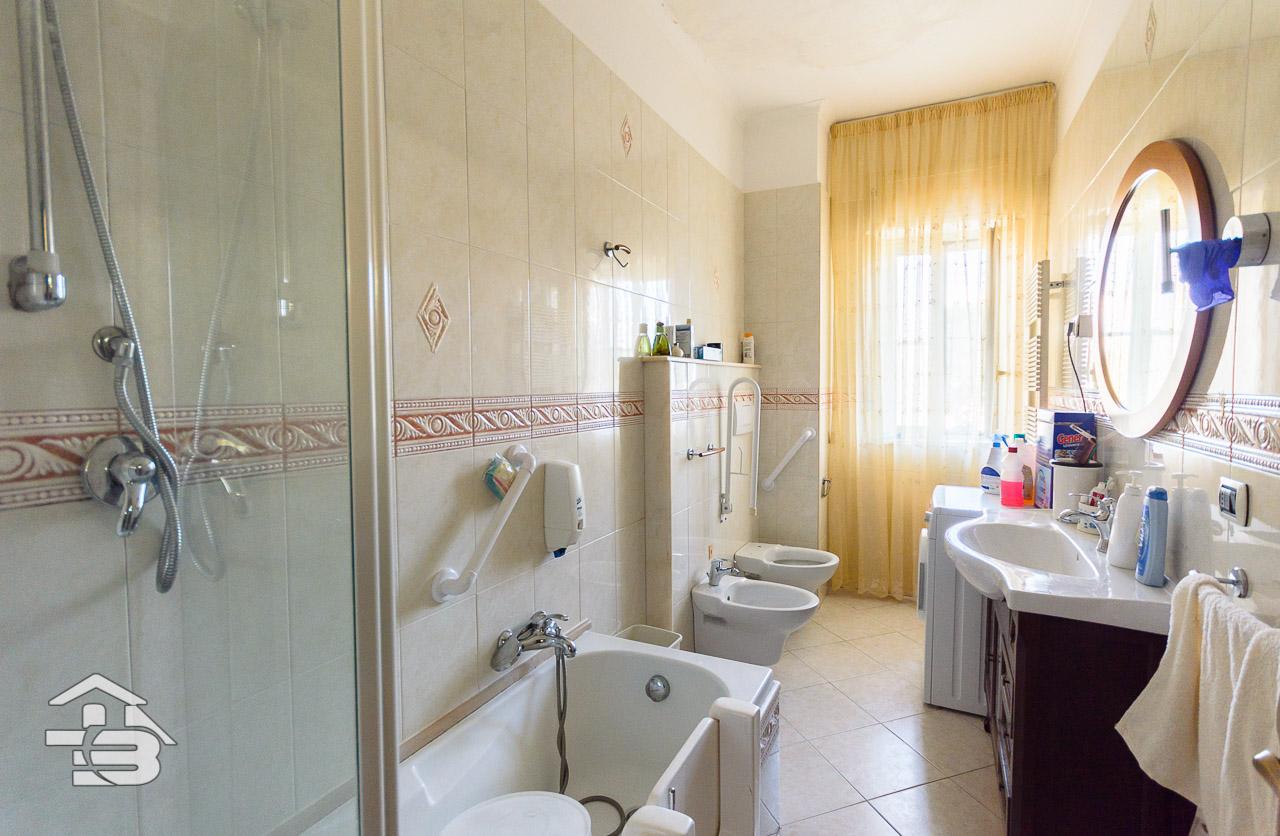 Foto 10 - Appartamento in Vendita a Manfredonia - Viale Raffaello